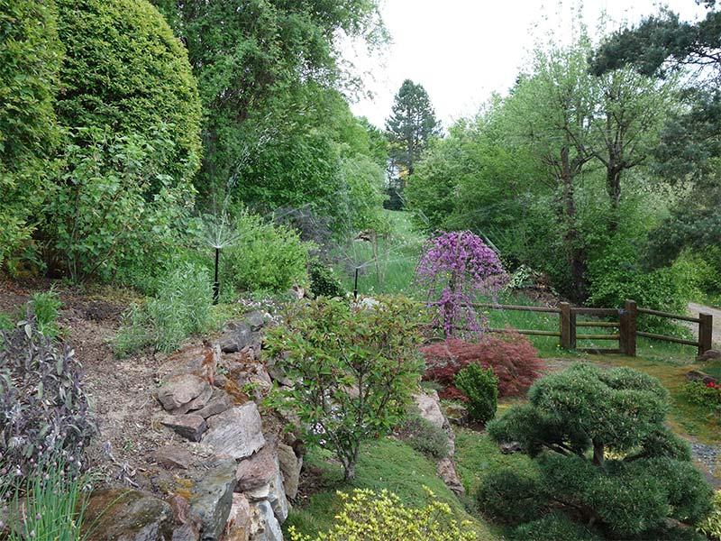 Bewässerung Gartenanlagen Kies